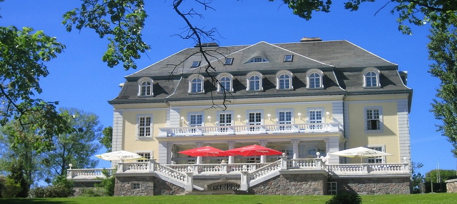 Schloss Gross Plasten header